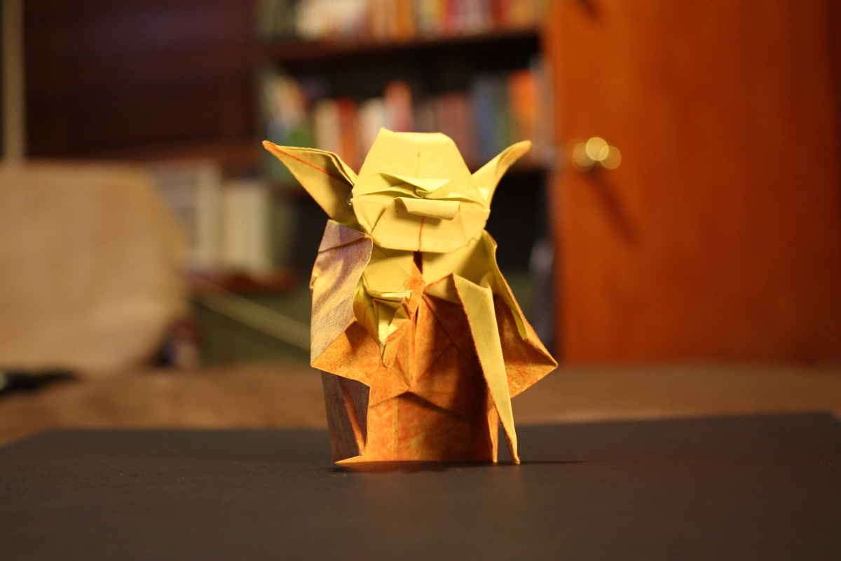 A picture of a paperfold Yoda